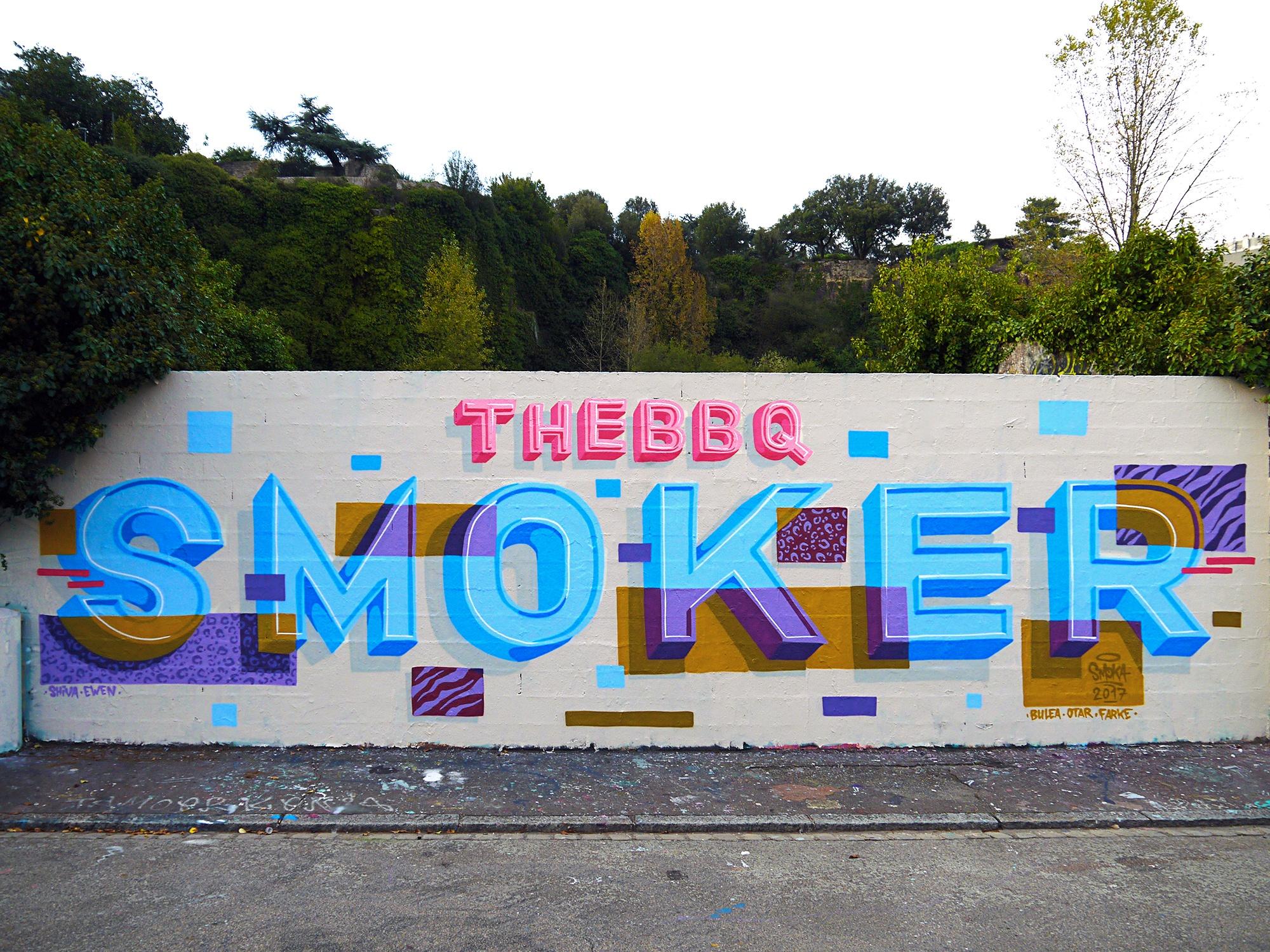 THE BBQ SMOKER